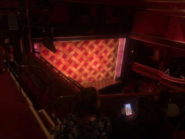 Adelphi Theatre, secção: Upper Circle, fila: D, lugar: 36