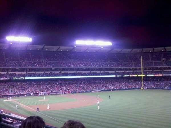 Angel Stadium, secção: C346, fila: b, lugar: 11
