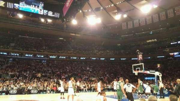 Madison Square Garden, secção: 5, fila: 3, lugar: 10
