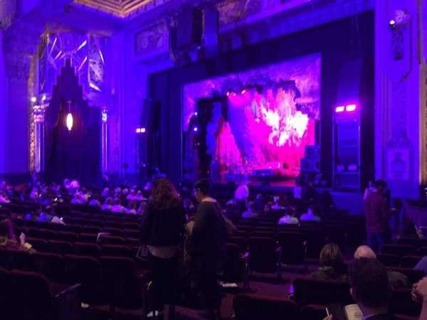 Hollywood Pantages Theatre, secção: Orchestra R, fila: V, lugar: 110