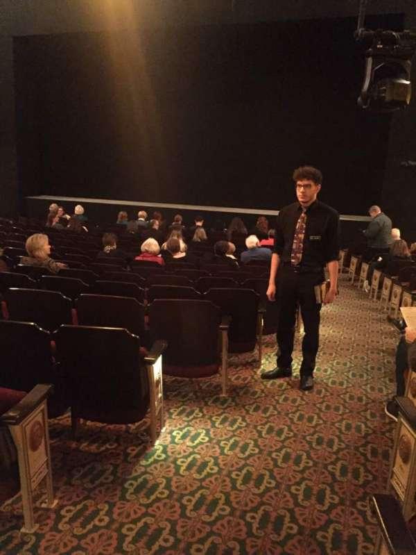 Bernard B. Jacobs Theatre, secção: Orchestra R, fila: O, lugar: 2