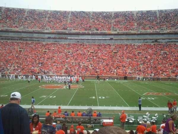 Memorial Stadium, Clemson, secção: E, fila: R, lugar: 4