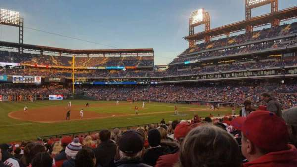 Citizens Bank Park, secção: 133, fila: 23, lugar: 13