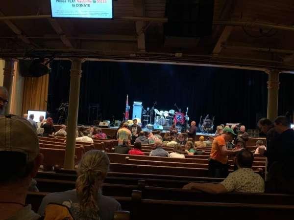 Ryman Auditorium, secção: MF-4, fila: S, lugar: 6