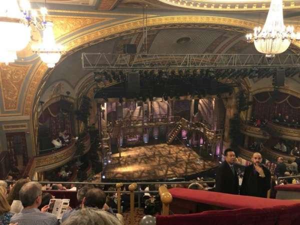 Richard Rodgers Theatre, secção: Rear Mezzanine L, fila: L, lugar: 13