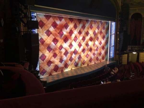 Brooks Atkinson Theatre, secção: FMEZZ, fila: A, lugar: 21-13