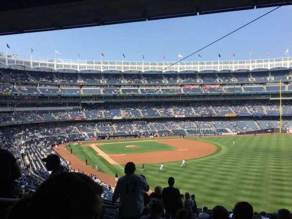 Yankee Stadium, secção: 208, fila: 19, lugar: 22