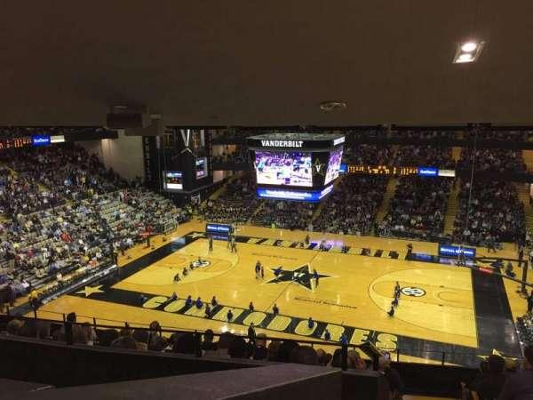 Memorial Gymnasium (Vanderbilt), secção: 3A, fila: 20