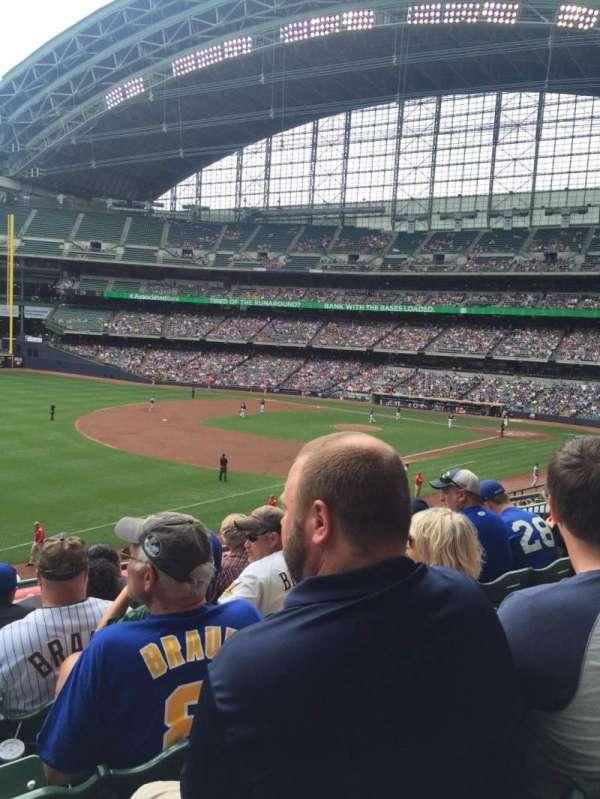 American Family Field, secção: 229, fila: 5, lugar: 16