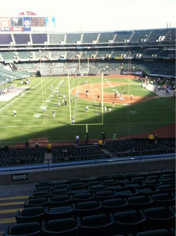 Oakland Coliseum, secção: 228, fila: 10, lugar: 12