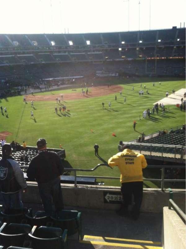 Oakland Coliseum, secção: 202, fila: 6, lugar: 22