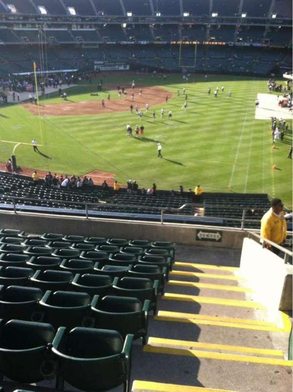 Oakland Coliseum, secção: 204, fila: 10, lugar: 1