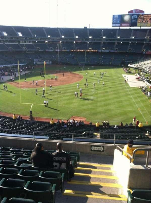 Oakland Coliseum, secção: 205, fila: 10, lugar: 1