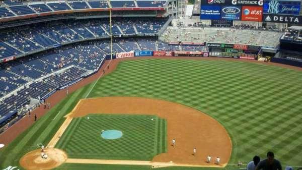 Yankee Stadium, secção: 416, fila: 13, lugar: 9