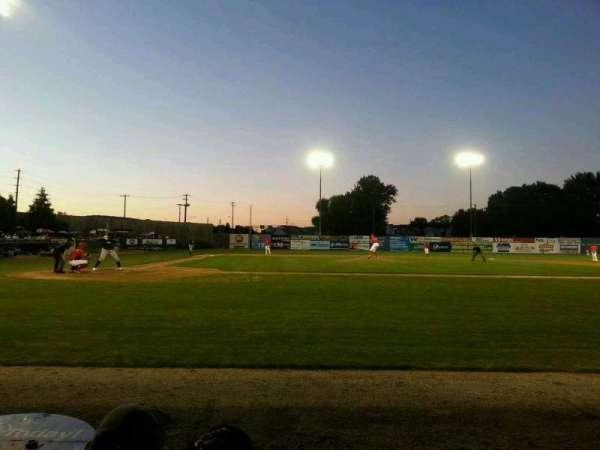 BB&T Ballpark at Historic Bowman Field, secção: h, fila: c, lugar: 1