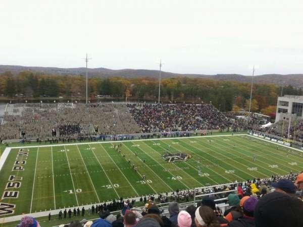 Michie Stadium, secção: U-15, fila: v, lugar: 24