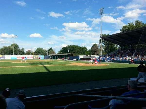 BB&T Ballpark at Historic Bowman Field, secção: z, fila: e, lugar: 3