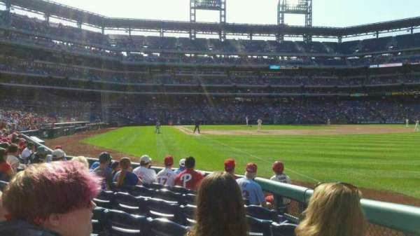 Citizens Bank Park, secção: 109, fila: 8, lugar: 8
