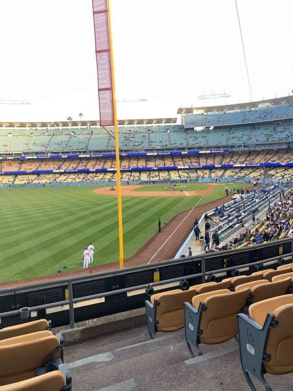 Dodger Stadium, secção: 165LG, fila: E, lugar: 1