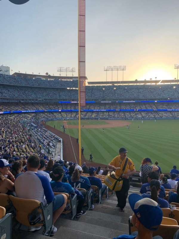 Dodger Stadium, secção: 168LG, fila: O, lugar: 1