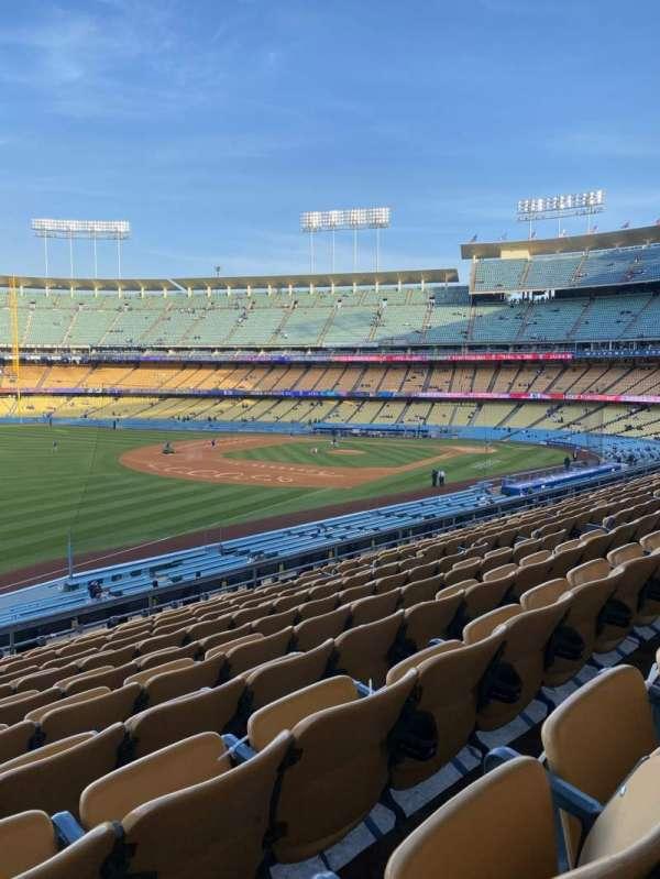 Dodger Stadium, secção: 157LG, fila: L, lugar: 14