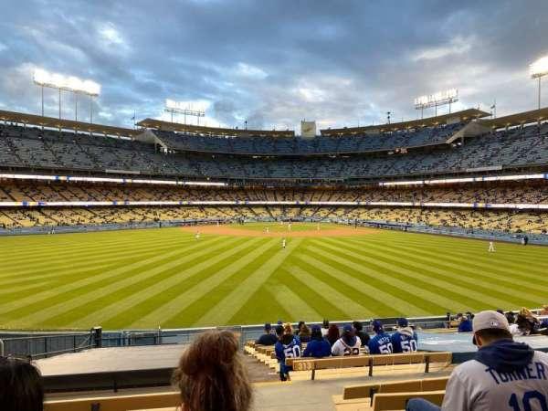 Dodger Stadium, secção: 315PL, fila: T, lugar: 1