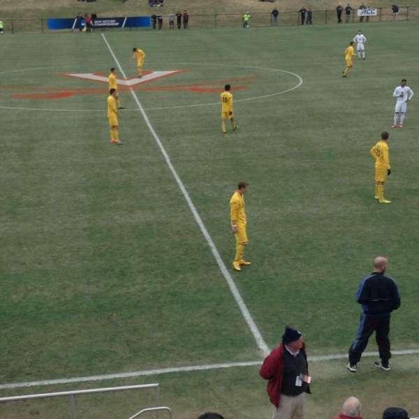Klockner Stadium, secção: 3, fila: L