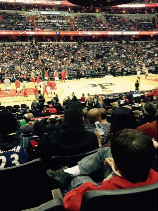 Capital One Arena, secção: 121, fila: M