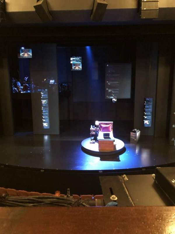 Music Box Theatre, secção: Mezzanine C, fila: A, lugar: 106