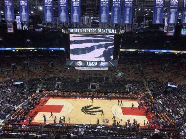 Scotiabank Arena, secção: 321, fila: 9, lugar: 10