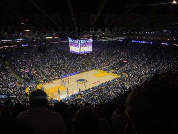 Oakland Arena, secção: 220, fila: 13, lugar: 7