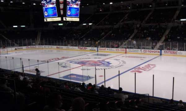 Blue Cross Arena, secção: 128
