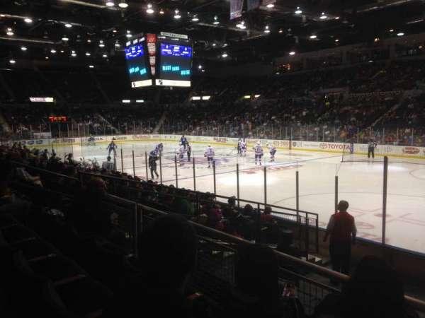 Blue Cross Arena, secção: 127, fila: K, lugar: 1