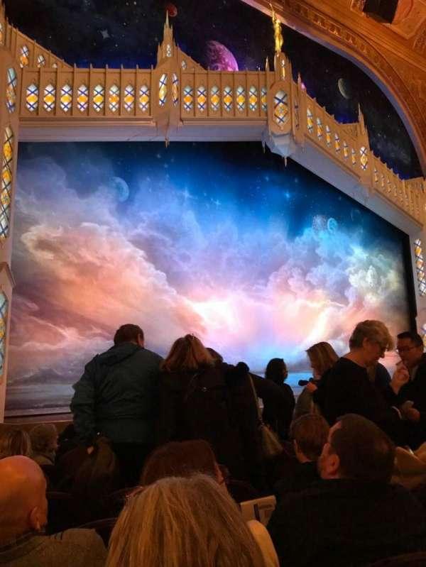 Eugene O'Neill Theatre, secção: Orchestra L, fila: J, lugar: 13-15