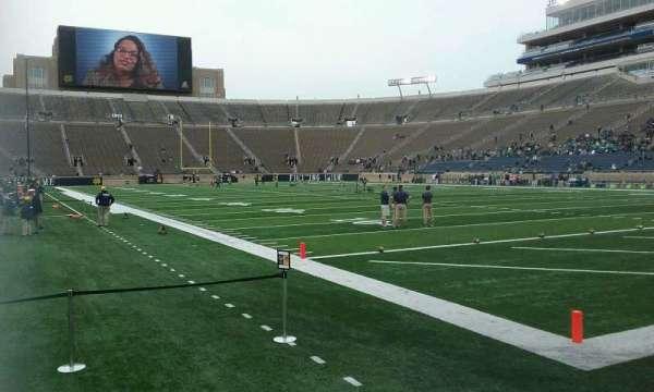 Notre Dame Stadium, secção: 6, fila: 4, lugar: 1