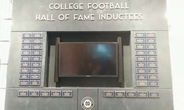 Notre Dame Stadium, secção: hall of fame