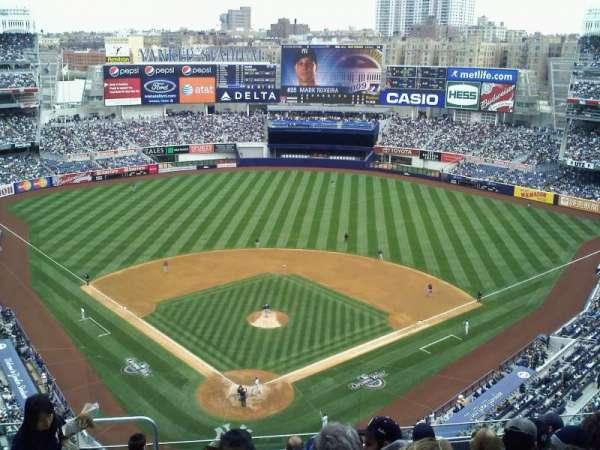 Yankee Stadium, secção: 420b, fila: 5, lugar: 7