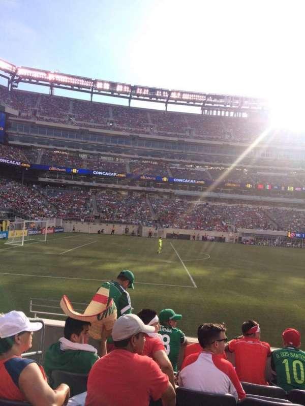 MetLife Stadium, secção: 116, fila: 6, lugar: 15-16
