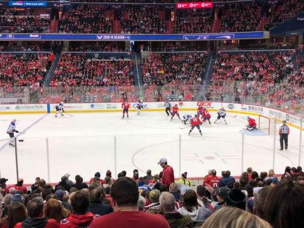 Capital One Arena, secção: 101, fila: Q, lugar: 20