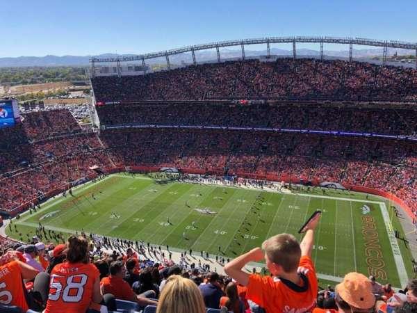 Empower Field at Mile High Stadium, secção: 531, fila: 31, lugar: 10