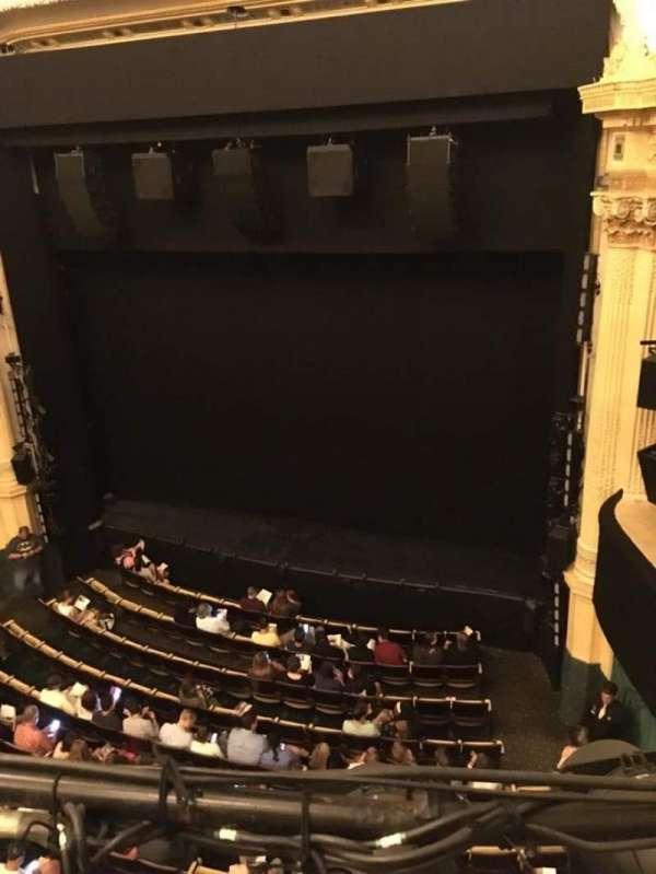 Hudson Theatre, secção: Balcony R, fila: A, lugar: 6
