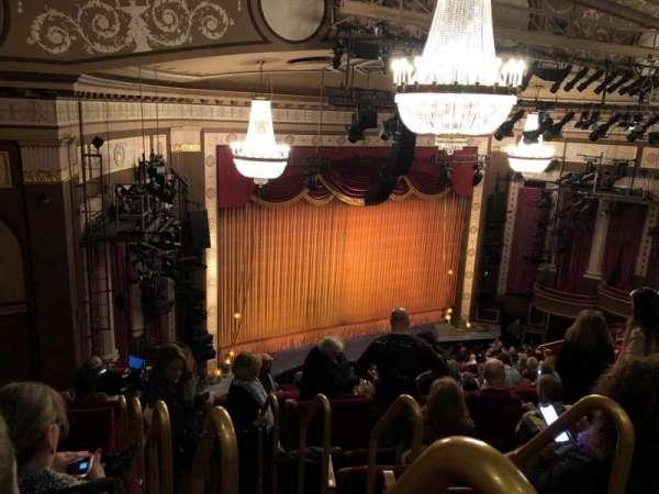 Imperial Theatre, secção: Rear Mezz, fila: F, lugar: 1