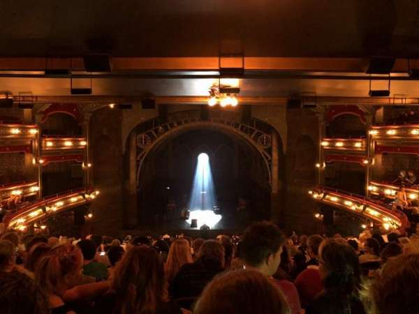 Lyric Theatre, secção: Dress Circle C, fila: L, lugar: 114