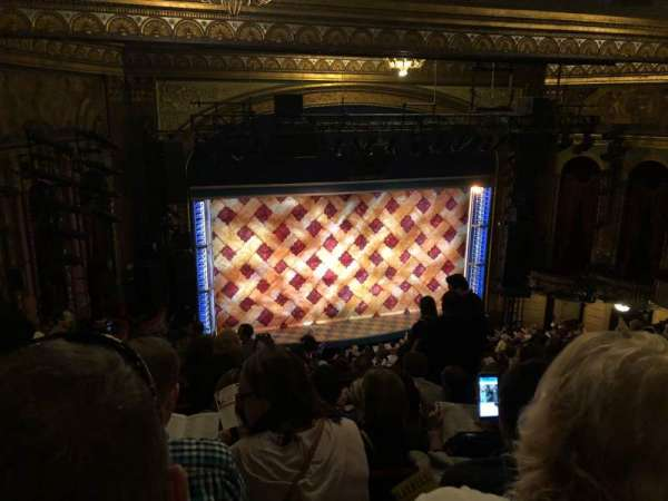 Brooks Atkinson Theatre, secção: Rear Mezzanine LC, fila: K, lugar: 128