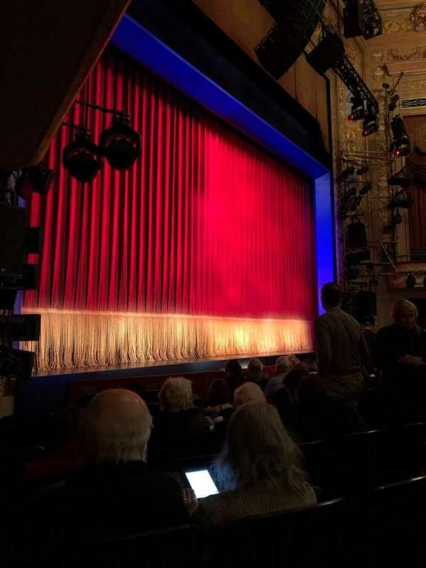 Longacre Theatre, secção: Orchestra L, fila: H, lugar: 16