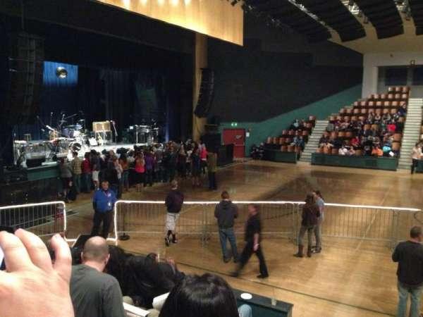 Santa Cruz Civic Auditorium, secção: M, fila: F, lugar: 13