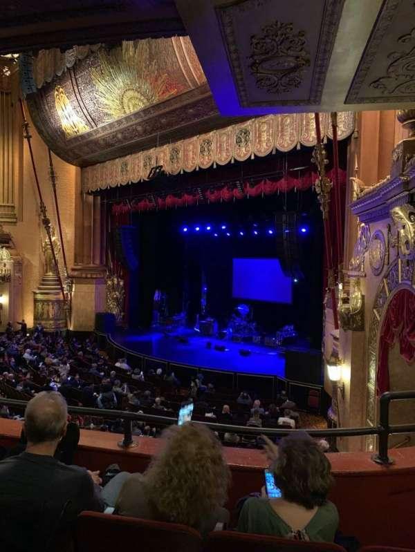 Beacon Theatre, secção: Loge 3, fila: C, lugar: 54