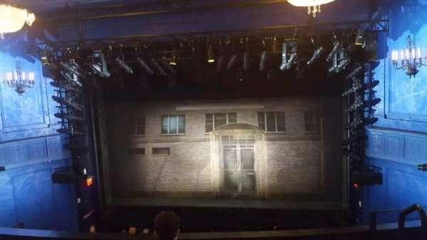 Hayes Theater, secção: Mezzanine center, fila: D, lugar: 102