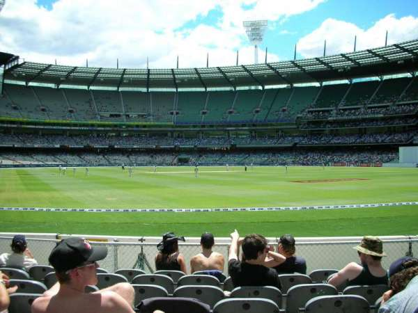 Melbourne Cricket Ground, secção: GENADM, fila: K, lugar: 133