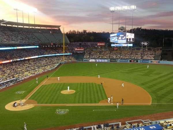 Dodger Stadium, secção: 16RS, fila: A, lugar: 6